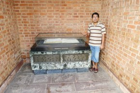 Tanbir, @ the Commonwealth War Grave, Chittagong
