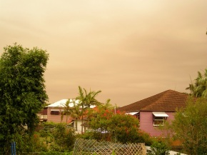 Dust Storm over Wynnum, 30th November 2006