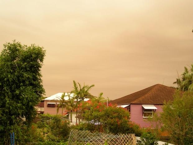 Dust Storm over Wynnum, 30th November 2006