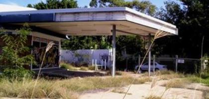 The future for petrol... A Morningside petrol station, Brisbane