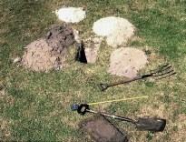 Soil sampling for laboratory analysis Nov '03