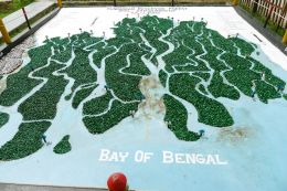 The world's largest mangrove - the Sundarban - straddles India and Bangladesh