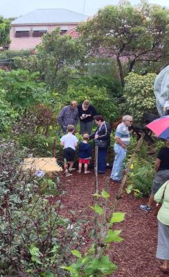 Good sign: a noticeable rise in the number of families who garden together