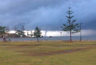Wynnum's water spout, 16.11.13