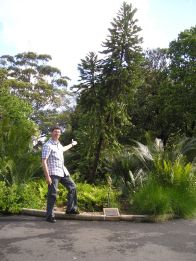 Jerry revisits the Wollemi pine he planted in 1998