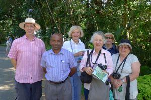 Deputy Director, Peradeniya Botanic Gardens meets The Adventure Travellers